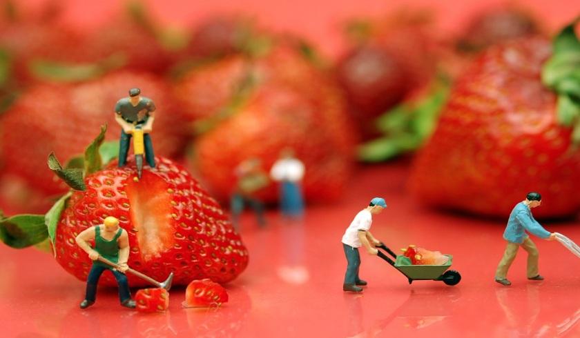 دیدگاه مارکس دربارهی مالکیت، نیازها و کار در جامعهی کمونیستی